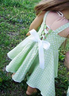 free pattern from PACountryCrafts: Twirly Lace Doll Dress Pattern
