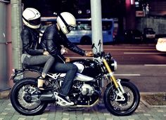 Bmw R Nine T with ruby castel helmet :: ruby couple http://blog.naver.com/ychanmee/220137062894