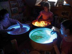 Leuchtkübel Sandmalen von Eduplay Hier können die Kinder Ihre Kreativität freien Lauf lassen. http://www.prell-versand.de/Spiele--br--Spielzeug/Exklusiver-Freizeitspass/Leuchtkuebel-Sandmalen-D--47-cm--15-cm-hoch.html