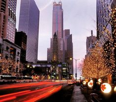 Michigan Avenue is the upscale hub of downtown Chicago and The @WestinMichAve is perfectly positioned to make the most of it. #Westin #Chicago #travel Hotels-live.com via https://www.instagram.com/p/BA8HkTgM7Em/