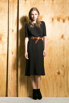 See the complete Veronica Beard Pre-Fall 2014 collection.