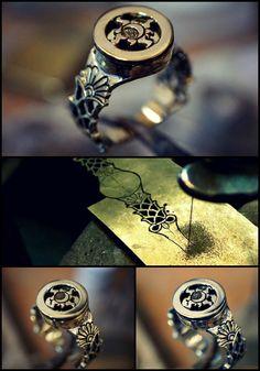 Emo Jewelry, Metal Jewelry, Jewelry Art, Jewelry Design, Jewellery, Soldering Jewelry, Jewelry Tools, Jewelry Crafts, Jewelry Making
