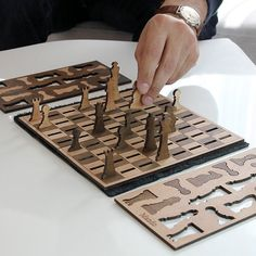 Wooden 2D Portable Chess Set - A minimalist and portable wooden chess set. | game idea
