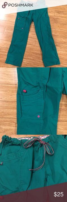 Life is peachy green scrub pants size medium Green and pink colors. Cargo pockets! Great condition! Life Is Peachy Pants Track Pants & Joggers