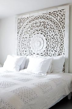 Wooden Moroccan style Headboard | Bedroom Inspiration via Bo Bedre Norway by Monica Norrby