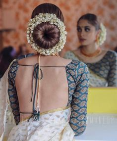 The wedding season is here! Ready to rock the wedding season with the mesmerizing and stylish blouse designs? We know the answer to this is a Big YES! Not only the bride every girl wants to look at their ethnic best at weddings. Bridal Hairstyle Indian Wedding, Bridal Hair Buns, Wedding Bun Hairstyles, Indian Bridal Hairstyles, Donut Bun Hairstyles, South Indian Bride Hairstyle, Hair Wedding, Wedding Blog, Saree Hairstyles