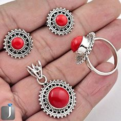 Captivating red coral jewelry set will make you look attractive..!! #jewelexi #jewelry #silver #silverearrings #silverring #silverpendant #jewelryset