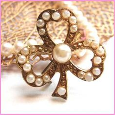 Lucky Clover Pin Petite Pearl Brooch Vintage 1940s Jewelry $45