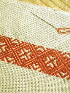 Folk Embroidery Kogin and Sashiko - Folk Embroidery, Japanese Embroidery, Hand Embroidery Designs, Beaded Embroidery, Cross Stitch Embroidery, Embroidery Patterns, Swedish Embroidery, Cross Stitch Borders, Modern Cross Stitch