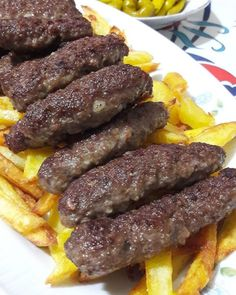 mine will be a recipe you& Vazgeçemi described here juicy patties mother Turkish Recipes, Asian Recipes, Mexican Food Recipes, Healthy Recipes, Healthy Food, Turkish Baklava, Korean Fried Chicken, Food Truck, Yummy Cakes