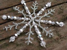 Christmas Ornaments To Make, Christmas Snowflakes, Christmas Jewelry, Holiday Crafts, Snowflake Craft, Snowflake Ornaments, Beaded Ornaments, Beaded Ornament Covers, Crystal Snowflakes