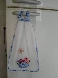 Resultado de imagem para passo a passo de bate mão em croche Kitchen Towels Crafts, Kitchen Towels Hanging, Dish Towel Crafts, Hanging Towels, Crochet Towel Tops, Crochet Towel Holders, Crochet Potholders, Crochet Motif, Crochet Patterns