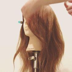 伸ばしかけ前髪やイメチェンに♡動画で学ぶ前髪ヘアアレンジ8選  -  LOCARI(ロカリ)