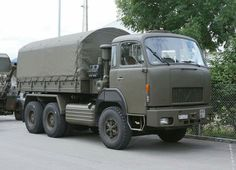 Army History, Swiss Army, Old Trucks, Military Vehicles, Cool Cars, 4x4, Transportation, Vans, Nice