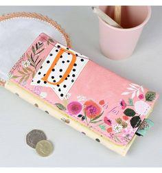 Comprar,Billetero monedero rosa flores letra D