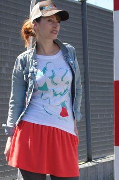 #vivalavida #tshirt #skirt