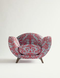 The Ringo Chair: http://fortuny.com/Product.aspx#fac2924c-d43c-48e9-a3e4-08039be32416/64448d3e-edb8-48a8-9d48-dc6541036fbf/0C2A80AD-F355-4931-BCDC-91B7D132549A #fortuny  Follow Fortuny on Pinterest! pinterest.com/fortuny