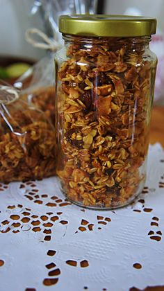 Index Of Granola granola con frutas secas Diet Recipes, Vegan Recipes, Healthy Egg Breakfast, Keto Brownies, Granola Bars, Good Food, Brunch, Food And Drink, Healthy Eating