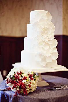 white floral wedding cake {the graceful baker}