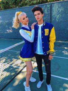 riverdale halloween costumes riverdale brentrivera whos ready for season 3 Riverdale Halloween Costumes, Cute Couple Halloween Costumes, Cute Costumes, Halloween Kostüm, Halloween Outfits, Costumes For Women, Snapchat Halloween Costume, Best Couples Costumes, Teen Costumes