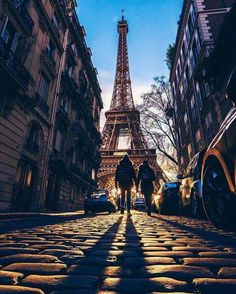 Looking up to Paris.