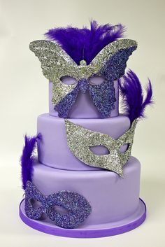 Quinceanera Cake Miriam De Gautreaux Dominican Republic New York City Masquerade Party Cake, Masquerade Decorations, Masquerade Ball, Pretty Cakes, Beautiful Cakes, Sweet 16 Birthday Cake, Patterned Cake, Purple Cakes, Sweet 16 Cakes
