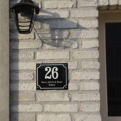 Huisnummer met naam met kader [HNG-10] - €76.50 : Naamplaten en huisnummers van Emaille, Emaille gigant