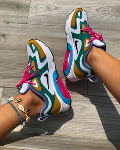 Shop Wmns Air Max 200 'Mystic Green' - Nike on GOAT. We guarantee authenticity on every sneaker purchase or your money back. Air Max Sneakers, Sneakers Nike, Black Sneakers, Nike Air Force 1, Baskets Nike, Fresh Shoes, Air Max Women, Sneakers Fashion, Fashion Heels