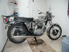 1974 bsa motorcycles pictures | Classic Bikes » BSA Motorcycles » 1973 BSA A65 Thunderbolt