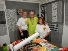 There is nothing like a new adventure with my dear friend Sue to rejuvenate my creative soul! Contemporary Quilts, My Dear Friend, New Adventures, Embroidery Applique, Quilting, Crafts, Manualidades, Fat Quarters, Handmade Crafts
