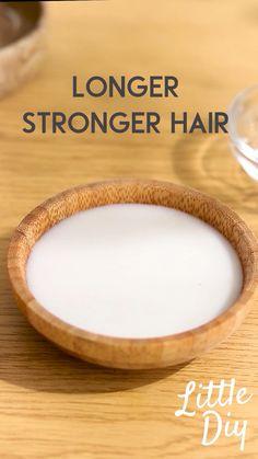 Diy Hair Treatment, Natural Hair Treatments, Hair Growth Treatment, Homemade Hair Treatments, Best Hair Mask, Diy Hair Mask, Hair Growing Tips, Herbs For Hair, Hair Care Recipes