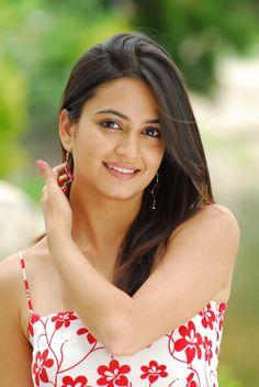 Latest Unseen Hot Sizzling Photoshoot Pics of Kriti Kharbanda - Cinebuzz Most Beautiful Indian Actress, Beautiful Actresses, Tamil Actress, Bollywood Actress, Bollywood Girls, Kirti Kharbanda, Photoshoot Pics, Bikini Images, Hottest Pic