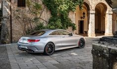 2015 Mercedes-Benz S63 AMG Coupe rear 3-4 parked Photo by: Mercedes-Benz