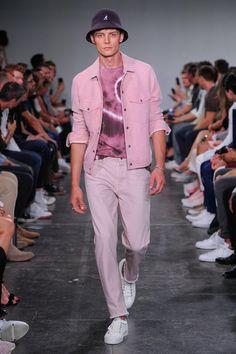 Male Fashion Trends: Todd Snyder Spring-Summer 2019 - New York Fashion Week Men's Male Fashion Trends, Mens Fashion Week, New York Fashion, Fashion Show, Fashion Design, Fashion Styles, Men's Fashion, Young T, Tie Dye Fashion