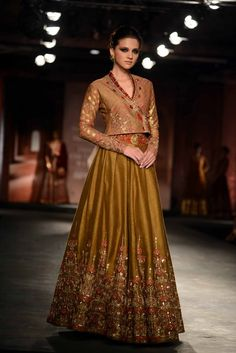 Buy beautiful Designer fully custom made bridal lehenga choli and party wear lehenga choli on Beautiful Latest Designs available in all comfortable price range.Buy Designer Collection Online : Call/ WhatsApp us on : India Fashion, Ethnic Fashion, Asian Fashion, Fashion Art, Lehenga Designs, Pakistani Outfits, Indian Outfits, Indian Bridal Couture, Indie Mode