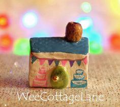 Cottage Cake Shop, Mini House, Tiny House, Ceramic House, Mini Cottage, Miniature Cottage, Wee Cottage Lane, Tiny Home, Miniature Home
