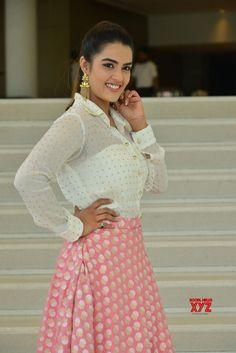 Actress Kavya Thapar Stills From Ee Maya Peremito Movie First Look Teaser Launch - Social News XYZ India Beauty, Kos, Teaser, Maya, Hot Girls, My Photos, Product Launch, Actresses, Indian