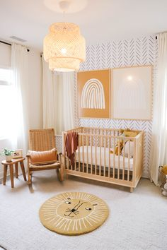 A beautiful gender neutral nursery transformation with chevron wallpaper accent wall! Baby Room Design, Nursery Design, Baby Room Decor, Kid Decor, Decor Ideas, Home Decor, Boho Nursery, Nursery Room, Nursery Decor