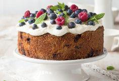 Kuningatarkakku ja tuorejuustokuorrutus | Koti ja keittiö Queen Cakes, Piece Of Cakes, No Bake Cake, Koti, Cheesecake, Food And Drink, Pudding, Favorite Recipes, Baking