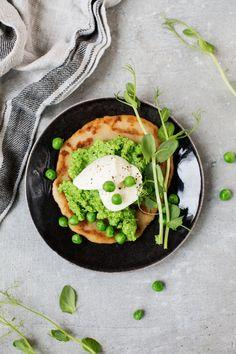 Lättlagad ärtröra Avocado Toast, Breakfast, Food, Morning Coffee, Essen, Meals, Yemek, Eten