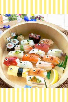 忙しいママの味方!こどもの日の簡単レシピ「こいのぼりデコ寿司」 / こどもの日 / PARTY | ARCH DAYS Comida Disney, Japanese Food Art, Kawaii Cooking, Sushi Art, Food Tasting, Sweet 16 Parties, Food Places, Food Humor, Cooking With Kids