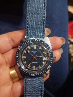 fdde67012b8 ROTARY DIVER AUTOMATIC ROTATING BEZEL BLUE DIAl VINTAGE MEN S WATCH RARE!!   Rotary