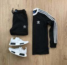 High end fashion, streetwear, art & pop culture Sporty Outfits, Nike Outfits, Cool Outfits, Fashion Outfits, Swag Outfits Men, Fashion Shirts, Hype Clothing, Mens Clothing Styles, Running Clothing
