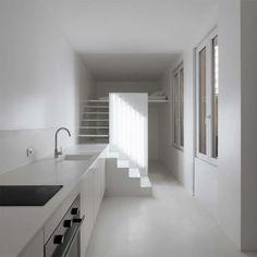 Fantastic Parisian Studio Apartment Offers Ideal Space to Live : Awesome Tiny Parisian Studio Apartment Small Kitchen Design