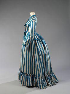 """Tournure de jour """"L'élégance Parisienne"""" 1875"""