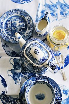 Love a table set with Blue and White china! this pattern is spode's blue italian, one of which i collect myself.