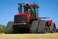CASE IH STX535 Quadtrac John Deere Garden Tractors, Case Ih Tractors, Big Tractors, Track Pictures, Farm Pictures, Agriculture Pictures, Heavy Equipment For Sale, Big Monster Trucks, Mahindra Tractor