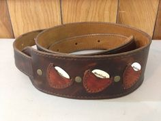 Custom leather guitar strap with 3 Pick Pockets and a suede