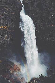 eartheld:  sidestroke:  modernambition:Manafossen | MDRNA | Instagram  mostly nature  xx