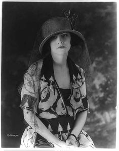1920s fashionable young woman.